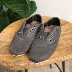 Toms no lace slip on shoes size 7